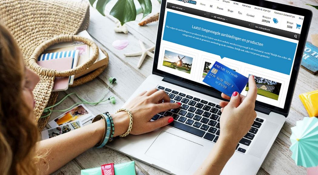 Find out which credit cards are best for online shopping. We broke out the top cards by category to help consumers find the right online credit card for their situation.